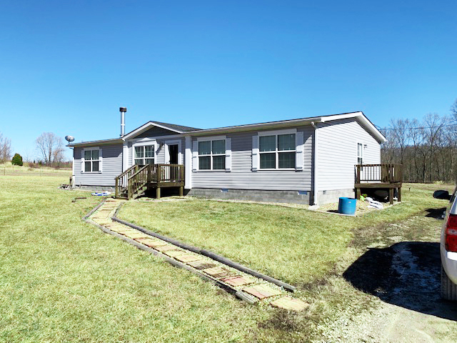 New Listing! 3 Bedroom / 2 Bath Home on 6+ Acres outside of Leopold!