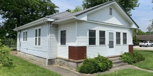 Well Maintained 2 Bedroom / 1 Bath in Cannelton