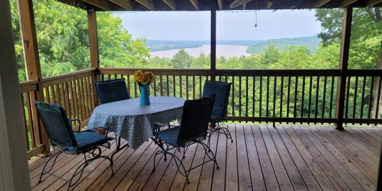 River View Home on 2.89 Acres