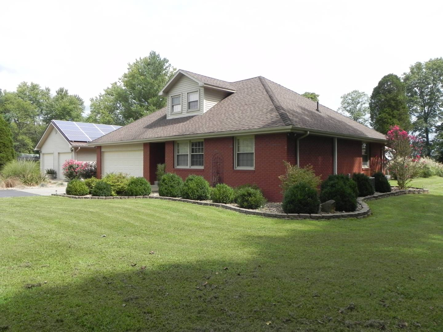 Home on 3.5 Acres with Inground Pool & Large Detached Garage!